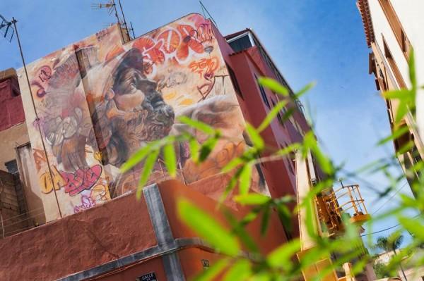 Creación de los valencianos Pichi & Avo, ubicada junto a la plaza de Benito Pérez Galdós. | FRAN PALLERO
