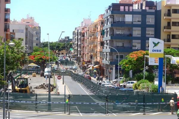 Obras como la que se ejecuta en la avenida de Venezuela deberán ser asumidas por Emmasa una vez que se den por finalizadas. | SERGIO MÉNDEZ