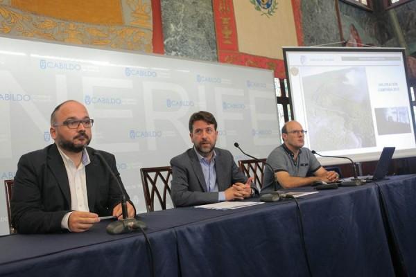 Valbuena, Alonso y López dieron cuenta ayer de los datos del operativo. | DA
