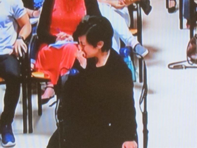Rosario Porto rompe a llorar cuando el fiscal le enseña la foto del cadáver de Asunta. / EP