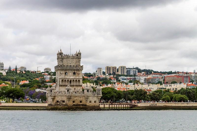 Binter mantiene una promoción especial para viajar a Lisboa desde 78 euros trayecto comprando el billete hasta el 15 de octubre. / DA