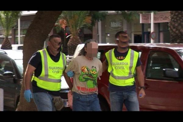 La Guardia Civil trasladó al detenido a los juzgados en el día de ayer. | DA