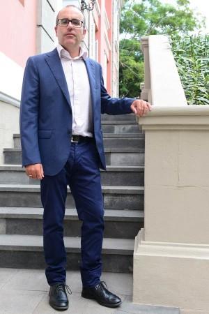 Ricardo Redondas Marrero. | SERGIO MÉNDEZ 14-10-2015 santa cruz de tenerife Entrevista al director general de Salud Pública, Ricardo Arredondas