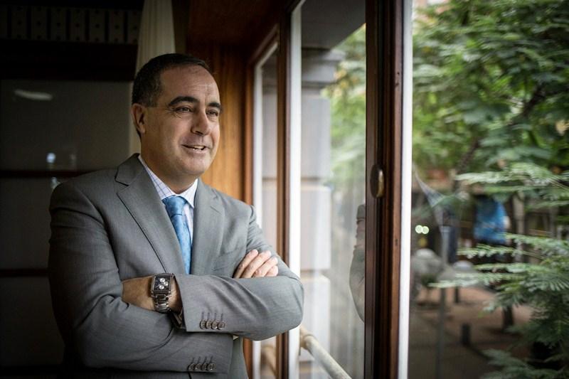José Manuel Niederleytner, ayer en el Casino de Tenerife. / ANDRÉS GUTIÉRREZ