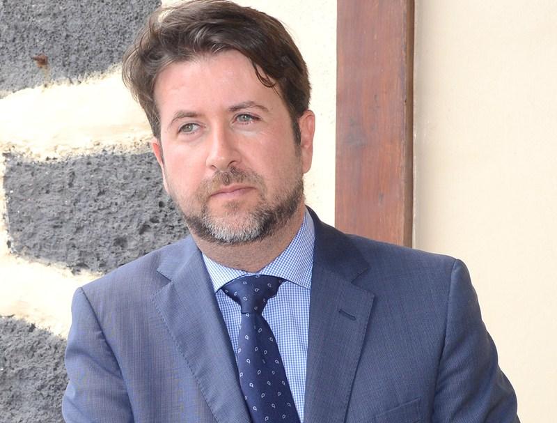 Carlos Alonso, presidente del Cabildo de Tenerife. / SERGIO MÉNDEZ