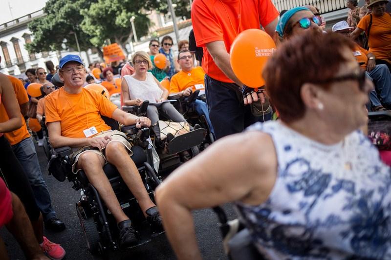 La marcha por los derechos de las personas con discapacidad recorrió la capital el pasado sábado. / ANDRÉS GUTIÉRREZ