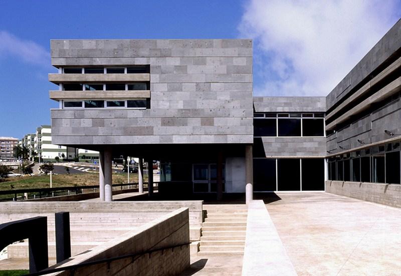 La Escuela Oficial de Idiomas (EOI) de La Laguna está ubicada en el barrio de La Verdellada. / DA