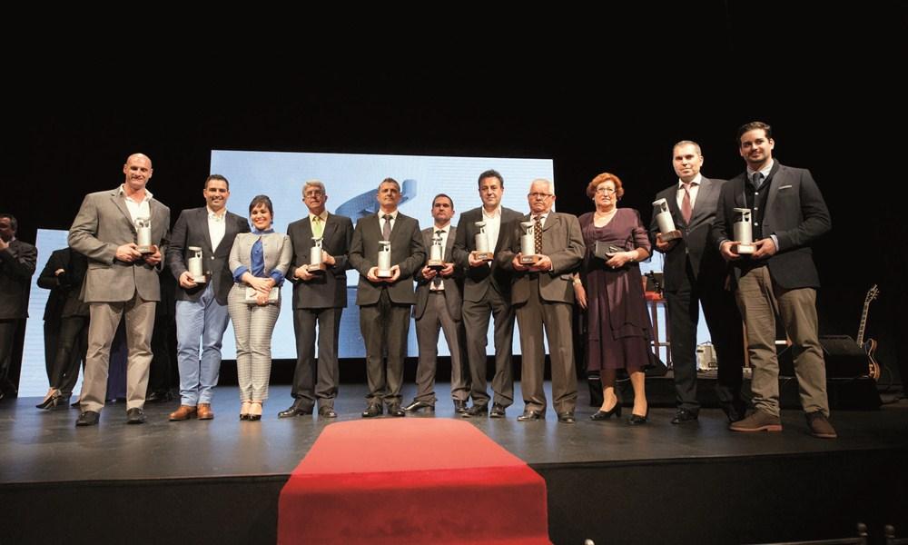 Éxito de convocatoria de la entrega de los XXX Premios de Gastronomía DIARIO DE AVISOS-Dorada especial, que reunió a galardonados de anteriores ediciones. / FRAN PALLERO