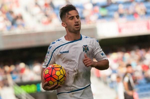 Omar, durante el partido ante el Córdoba. | FRAN PALLERO