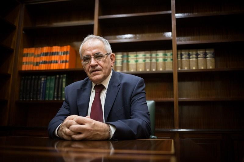 El comisionado canario de Transparencia, Daniel Cerdán, en el Parlamento. / ANDRÉS GUTIÉRREZ