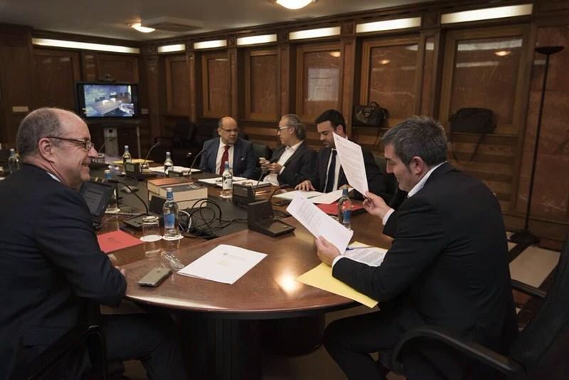 Reunión del Consejo de Gobierno de Canarias, celebrado ayer en la capital grancanaria. / DA