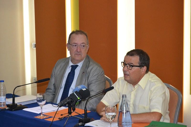 José Ángel Rodríguez y José Manuel Llada, ayer durante la rueda de prensa conjunta en Tenerife. / DA