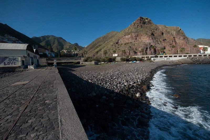 El Ayuntamiento se encargará de financiar la zona de solárium y los accesos a la playa. / FRAN PALLERO