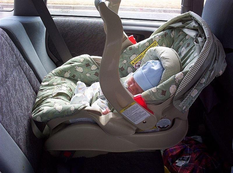 La empresa de alquiler de coches se ha encontrado abuelas y bebés olvidados en sus vehículos. / EP