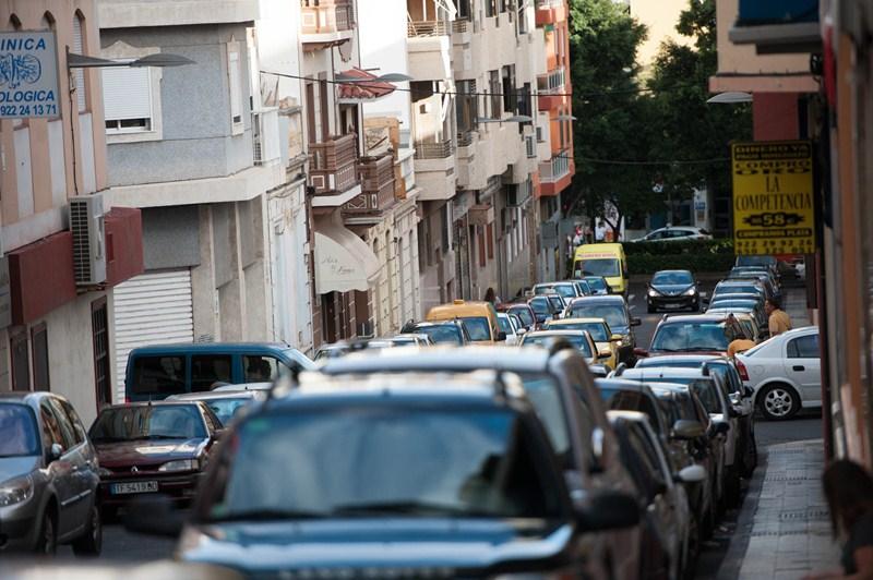 La calle de El Perdón ha sufrido el mismo problema en ocasiones anteriores, según el Ayuntamiento. / F,. PA.LLERO