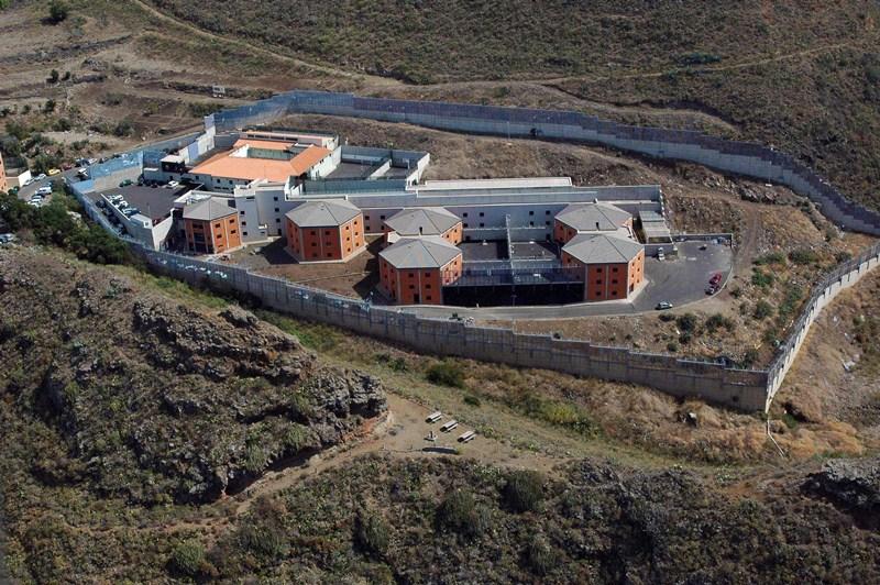 El centro de internamiento para menores de Valle Tabares se ha ido quedando vacío los últimos años. / S. M.