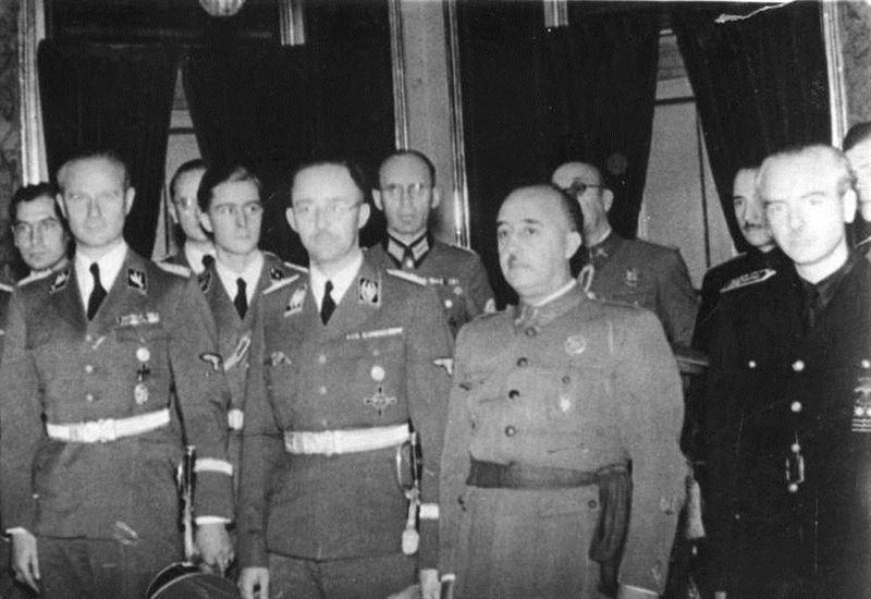 Franco junto a Himmler. / WIKIPEDIA