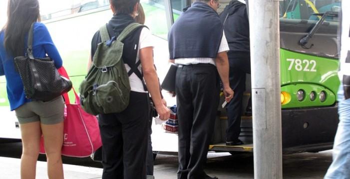 La nueva red de guaguas aumenta el 8% el número de pasajeros