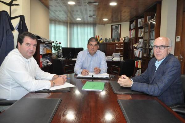 Imagen del reciente encuentro entre los alcaldes de La Victoria, La Matanza y Santa Úrsula. | DA