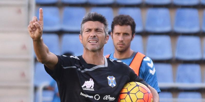 José Luis Martí. Desde su llegada al Tenerife ha logrado 9 de 15 puntos en juego. / SERGIO MÉNDEZ