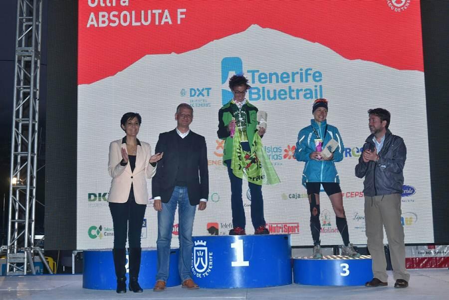 podio femenino de la Ultra de la Tenerife Bluetrail 2015