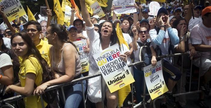 El Gobierno desvincula el asesinato del opositor de la pugna política