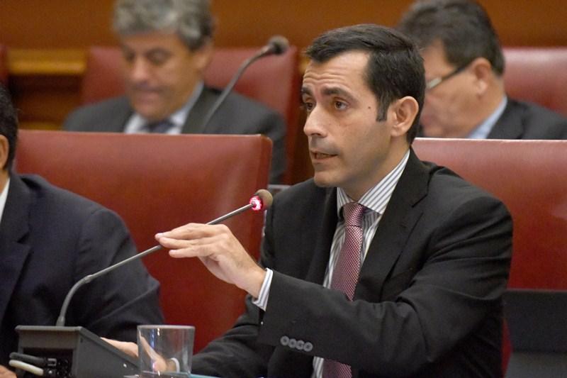 Juan José Martínez es concejal de Hacienda y Recursos Humanos del Ayuntamiento de Santa Cruz. / S. MÉNDEZ