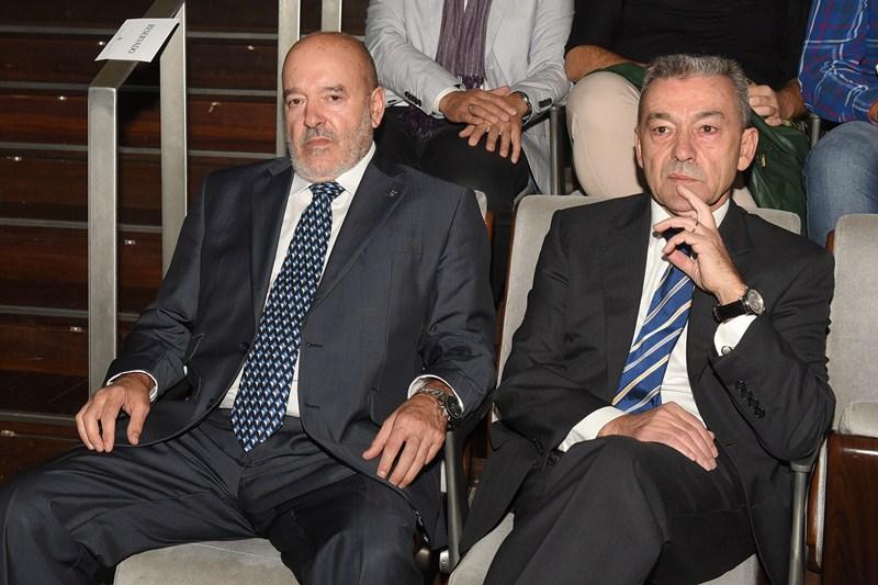 Miguel Concepción junto a Paulino Rivero, en los recientes actos de homenaje al expresidente Javier Pérez. / SERGIO MÉNDEZ