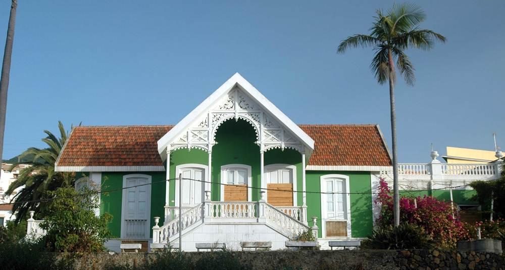 La propiedad, construida en el siglo XX, se encuentra situada en la carretera provincial TF-127.   M. PÉREZ