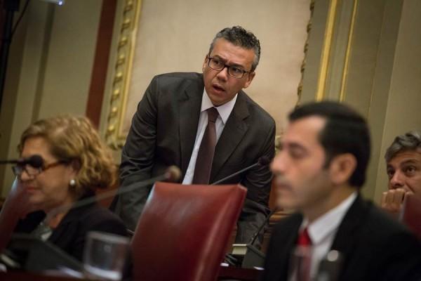 Dámaso Arteaga, concejal de Servicios Públicos, durante el último pleno municipal. | ANDRÉS GUTIÉRREZ