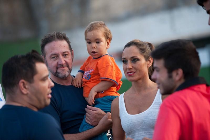 Los Amigos de Pedro Gutiérrez y de Añaterve Abreu llenan de ilusión a la Fundación de este pequeño valiente. / FRAN PALLERO