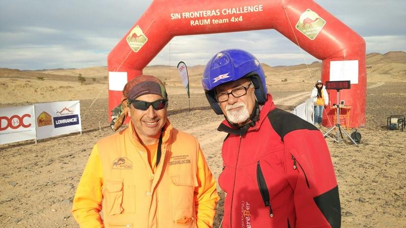 El equipo formado por el piloto Roberto Alayón y Miguel Armas como navegante  participaban en la prueba a bordo de un Nissan Patrol G.R. en la categoría  T1,