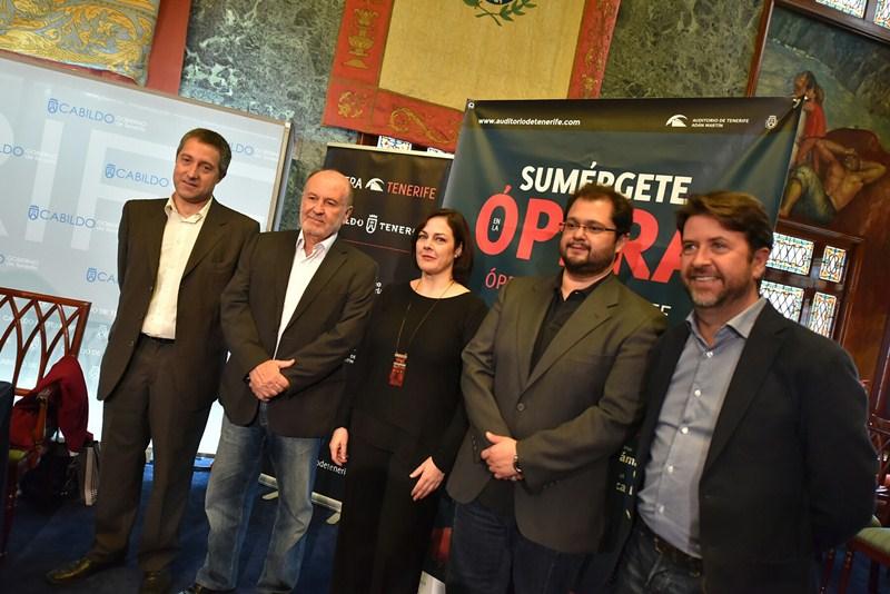De izquierda a derecha, José Luis Rivero, Aurelio González, Yolanda Auyanet, Celso Albelo y Carlos Alonso. / DA
