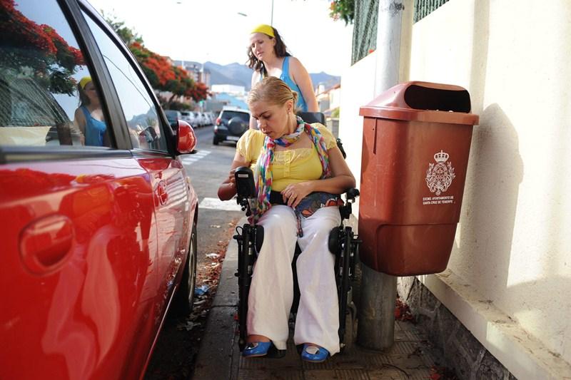 Las personas con discapacidad son las más afectadas por la falta de accesibilidad. / SERGIO MÉNDEZ