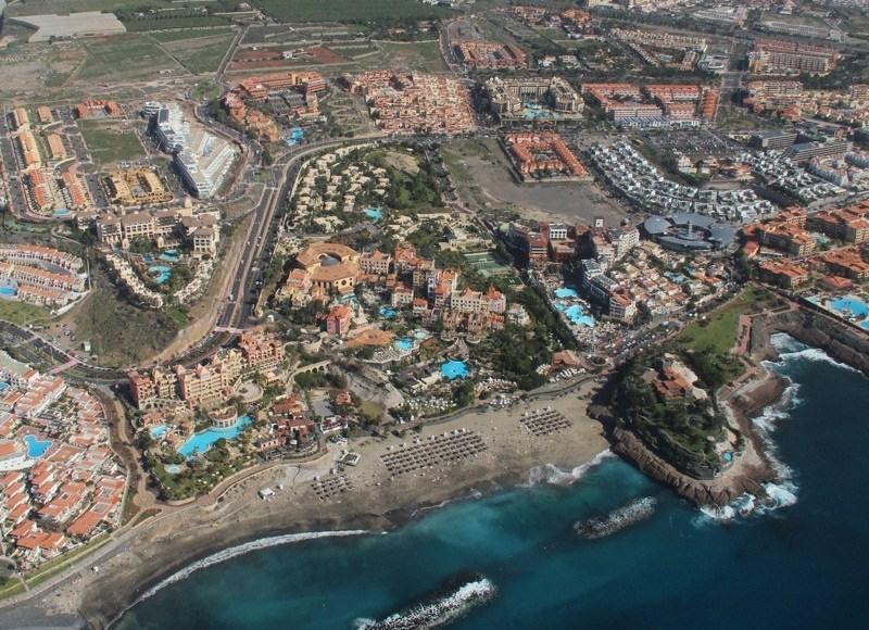 La moratoria turística original impedía desde 2003 la construcción de hoteles y apartamentos en el Archipiélago, salvo los establecimiento de lujo ligados a parques temáticos. / DA