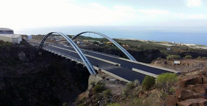 El nuevo tramo del anillo insular se abrirá al tráfico desde el viernes