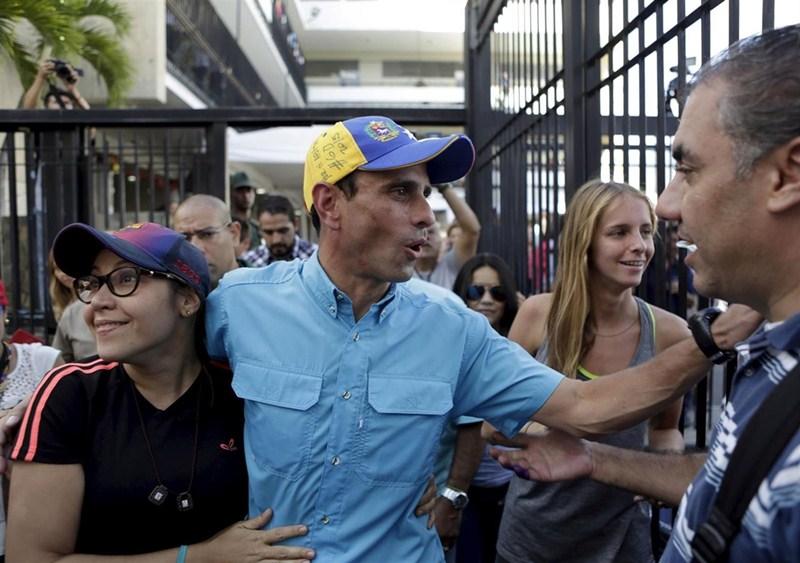 El líder de la oposición venezolana Henrique Capriles critica que el Gobierno no acepte la derrota. / DA