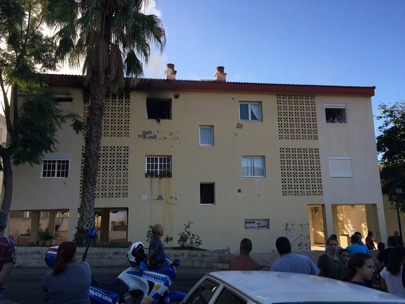 Dos heridos por el incendio de una vivienda de la orotava diario de avisos - Jardineros tenerife ...