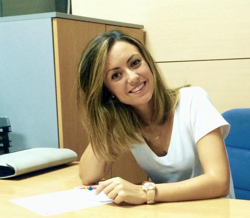 La psicóloga Adriana Pérez será quien atienda a cada uno de los inscritos en la ITV de Felicidad. / DA