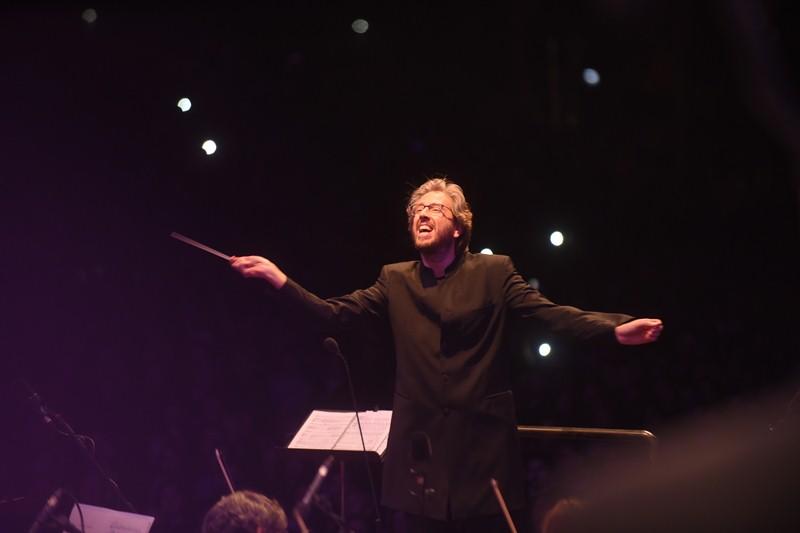 El maestro Michal Nesterowicz, durante el Concierto de Navidad del pasado día 25. / SERGIO MÉNDEZ