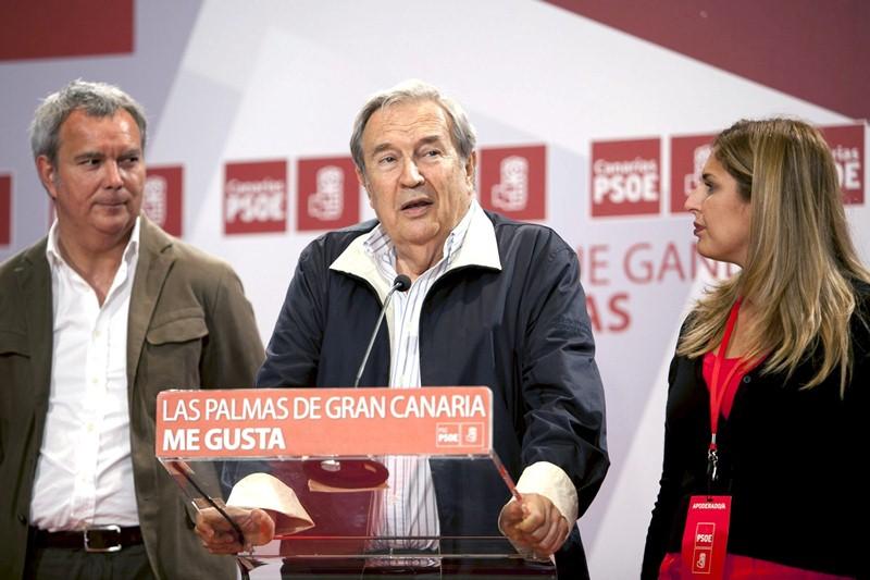 Jerónimo Saavedra, durante un acto electoral de su partido. / DA