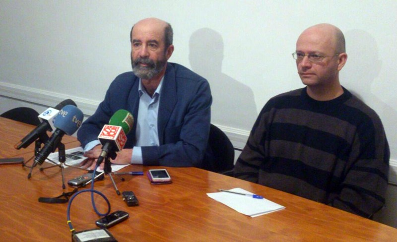 Santiago Pérez, ayer, durante la rueda de prensa ofrecida en Aguere. / DA