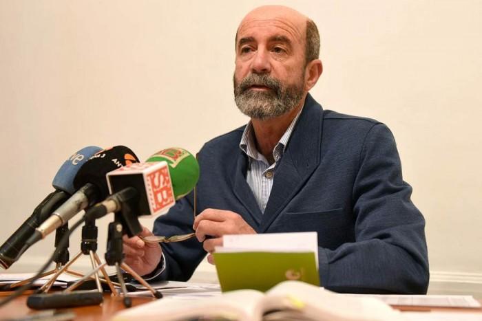 El portavoz de XTF-NC, Santiago Pérez, ayer.   SERGIO MÉNDEZ