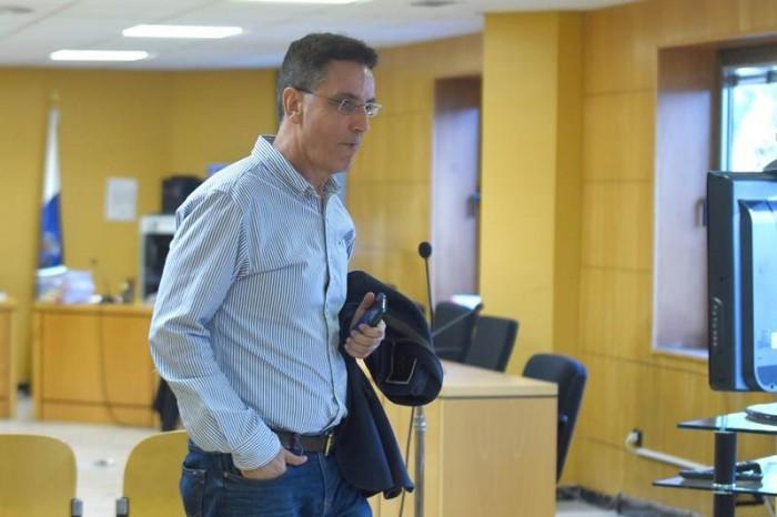 José Alberto González Reverón, ya inhabilitado para cargo público, vuelve a sentarse hoy en el banquillo. | S.M.