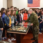 Grupo de escolares visitan la exposición. | SERGIO MÉNDEZ
