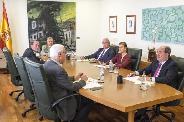Pleno de la Audiencia de Cuentas de Canarias. / DA