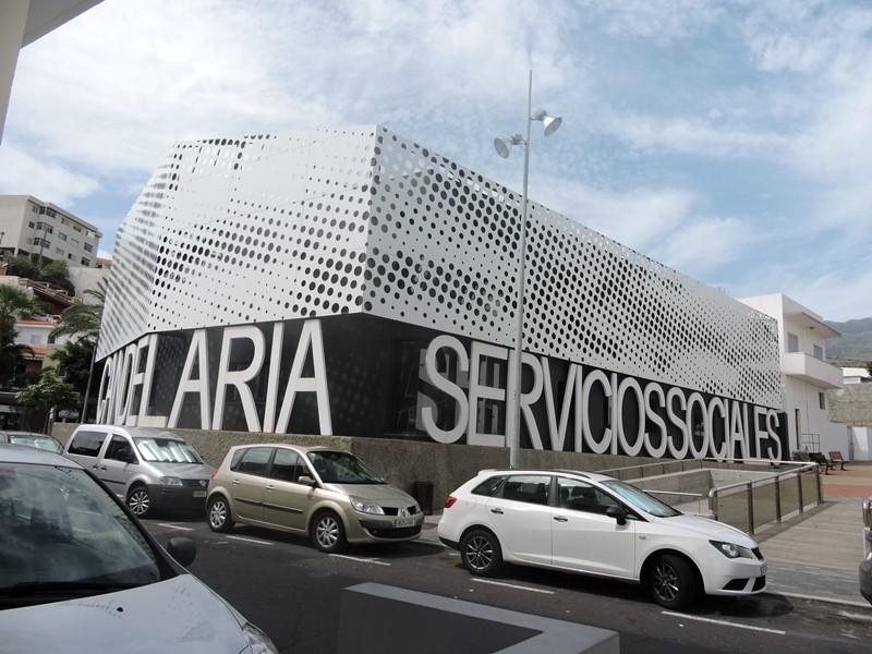 Fachada de la Concejalía de Servicios Sociales en Candelaria. / NORCHI