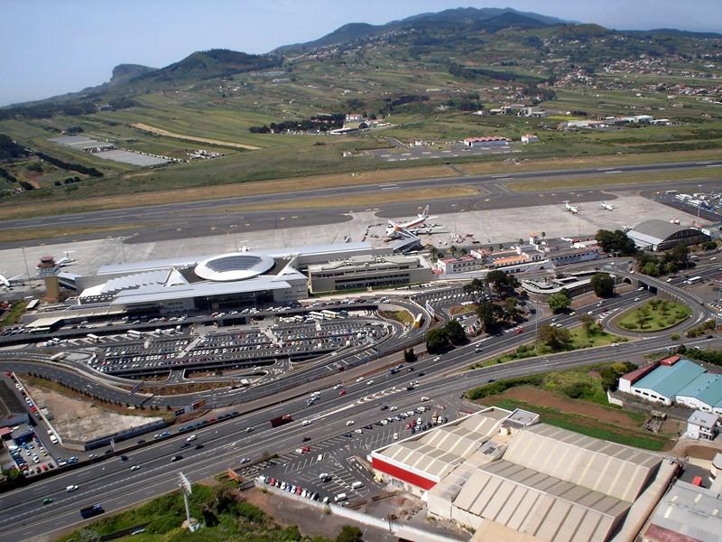 El proyecto de la Circunvalación Oeste plantea retirar el tráfico de la TF-5 a su paso por La Laguna. / m. p.