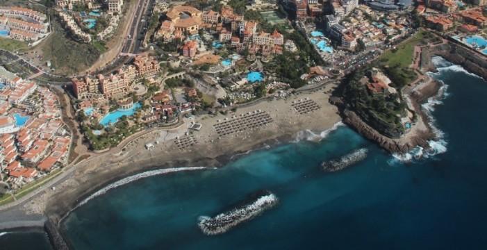 Adeje tiene la mayor presión fiscal en Canarias; Betancuria, la menor