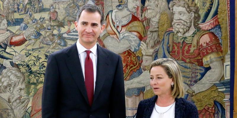 Ana Oramas pide al rey que convoque desde ya elecciones